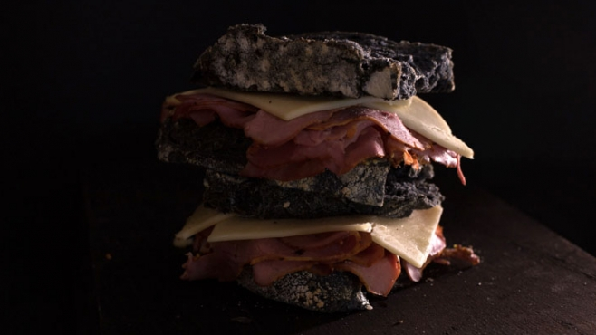 smoked meat sandwich with charcoal sourdough bread