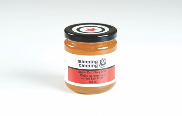 aa jar of Apple Earl Grey Jelly from Mannings Canning